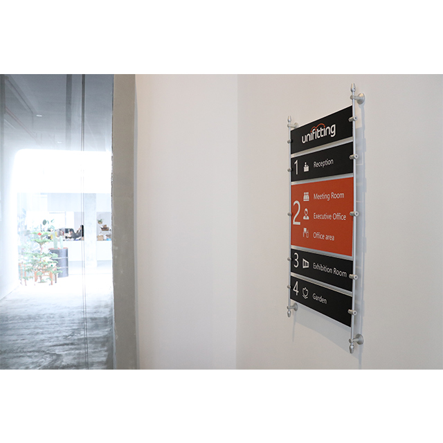 Wall Mounted Rod Display System (RF01)